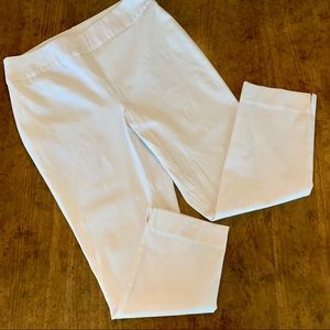 CHICO'S So Slimming White Cropped Pants